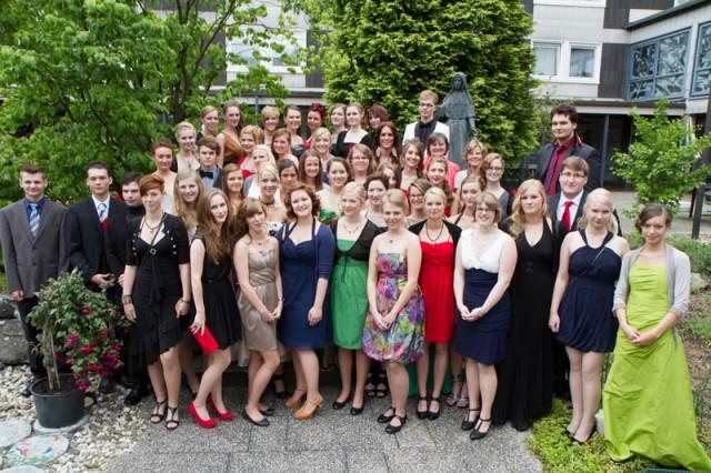 Abiturjahrgang Berufskolleg Bergkloster Bestwig 2012 (Foto: SMMP/Bock)